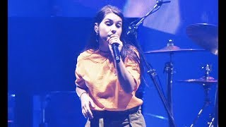 Download Alessia Cara - Rooting For You (Live on Tour) Mp3 and Videos