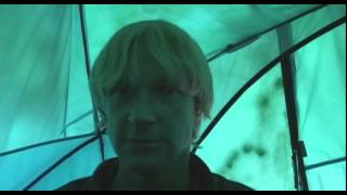 Grizzly Man (2005) - clip 4