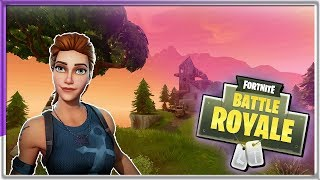 Bottom (FORTNITE) Female Player ?? // Battle Royale // 50v50 // Squads // Duos (PC w/Xbox Controller)
