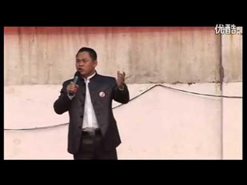 河南南阳一个中小学校长在升旗仪式前演讲 中日 钓鱼岛