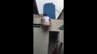 Ngakak - funny ladder prank