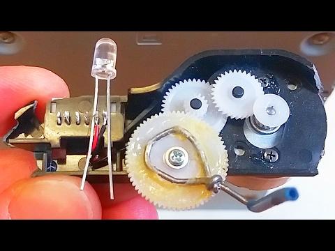 DIY Hand-Powered LED Flashlight (Real Free Energy)
