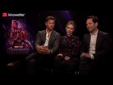Chris Hemsworth Scarlett Johansson & Paul Rudd AVENGERS: ENDGAME Marvel