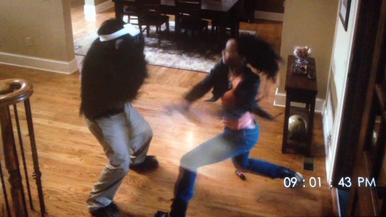 Erica Ash Beats Up Caesar Scary Movie 5 Scene Youtube