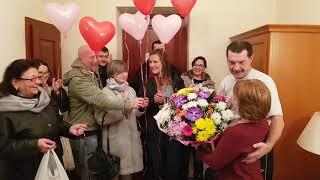Рояль в кустах: поздравляем Виноградовых с 30-летием свадьбы!