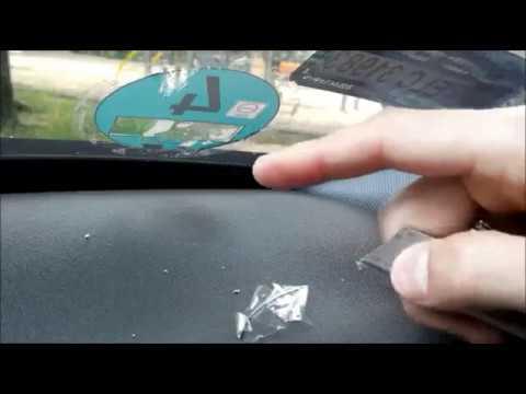 Как снять наклейку с лобового стекла