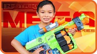 NERF Zombie Strike Doominator Blaster, Rotating Drums, Husbro Toys - TigerBox HD