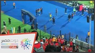 اليوم السابع | شاهد رد فعل لاعبي جنوب أفريقيا بعد تحية الجماهير المصرية لهم
