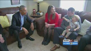 بالفيديو .. أوباما يلتقى معلمة أمريكية بسبب خوفها على مستقبل ابنها