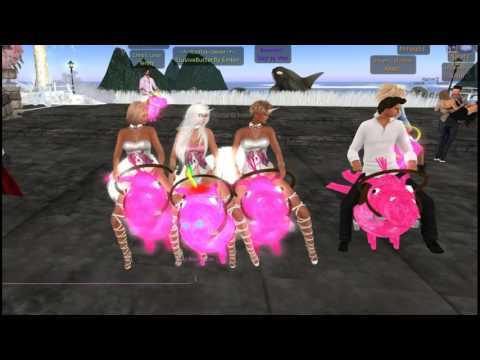 """Tenny & El here with me @ AfterMath waiting on Parker Static to start singing """"PONY"""""""