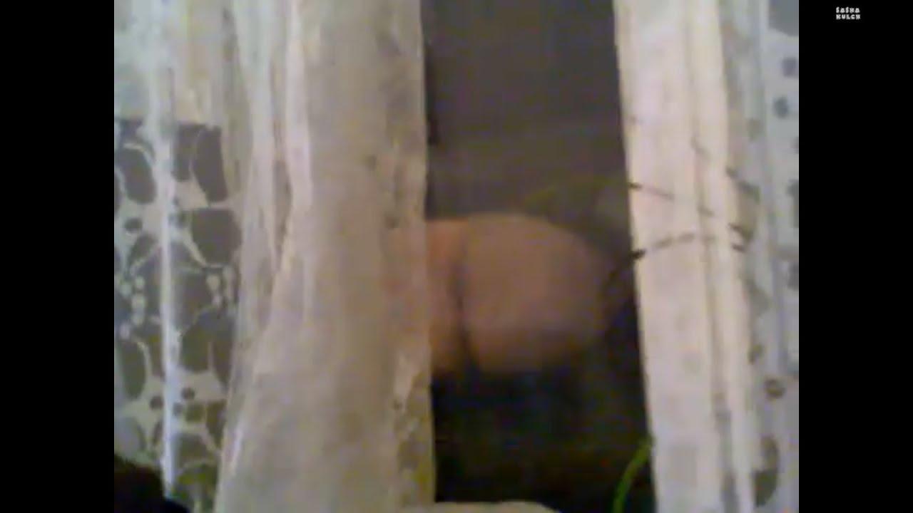 Жопа в окне