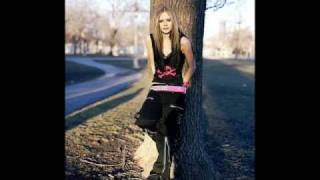 Avril Lavigne - Everything Back But You (Explicit)