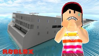 GET OFF THE SHIP BEFORE IT SINKS!! -ROBLOX (SINKING SHIP SIMULATOR)