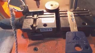 видео Изготовление ключей мультилок