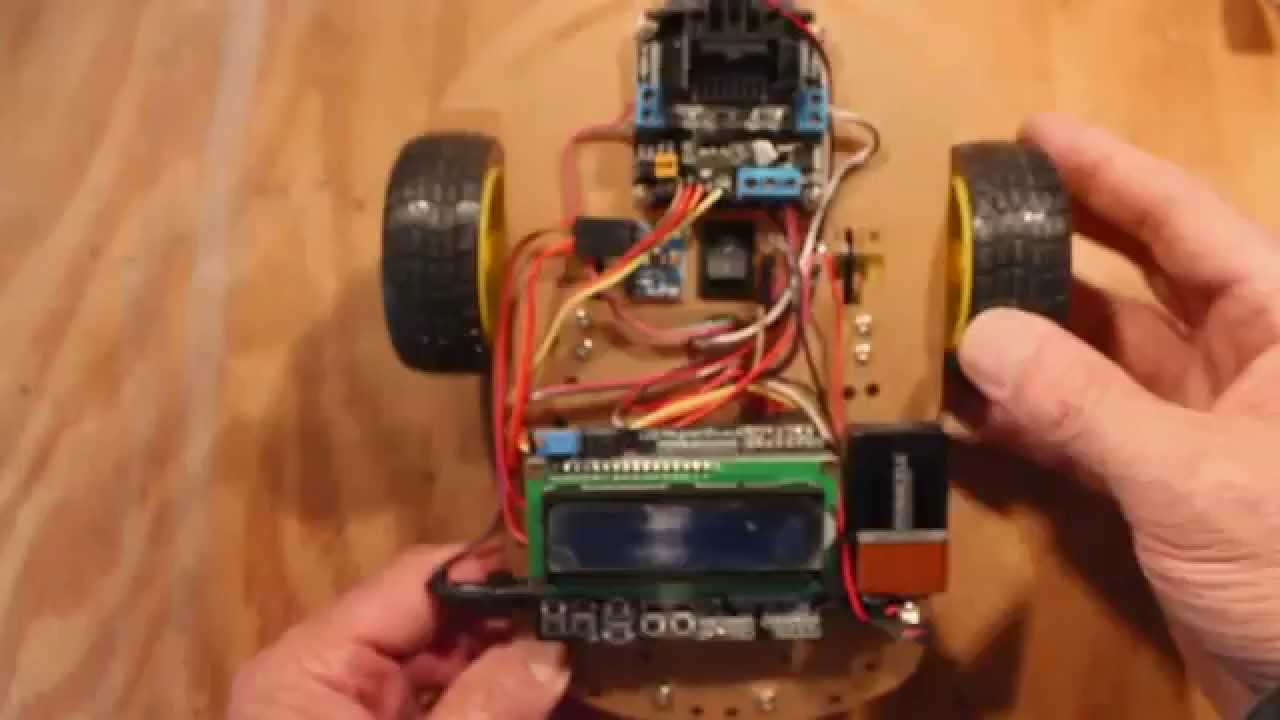 Simple arduino robot uses a mpu to manage steering