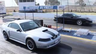 Mustang V8 VS Pontiac Firebird V6