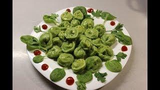 Зелёные пельмени с индейкой и шпинатом