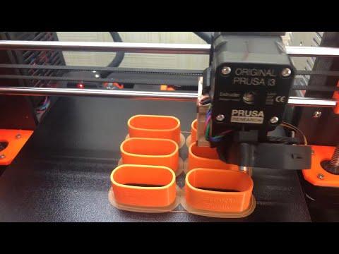Помощь врачам: в Башкирии медицинские средства защиты изготовляют на 3D-принтере