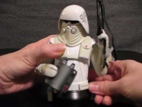 star-wars-mcquarrie-concept-imperial-snowtrooper-mini-bust-review-sdcc-2011-exclusive