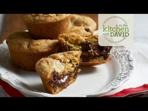 How to Make Chocolate Chip Lava Cookies