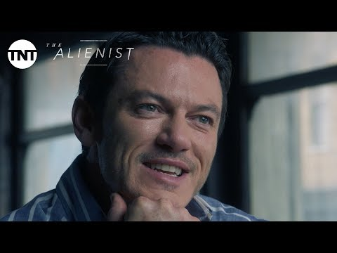 The Alienist: Luke Evans duces John Moore  Series Premiere January 22, 2018 BTS  TNT