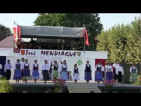 Pastorale José Mendiague, le dernier hommage à Jean-Baptiste Otxalde von YouTube · Dauer:  1 Minuten 59 Sekunden