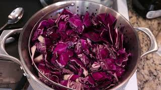 Dyepot PS #4 - Dyeing Yarn with Red Cabbage