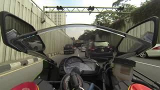 Kawazaki Ninja ZX 6R 636 2013 - Rushing to Meeting in Rush Hour