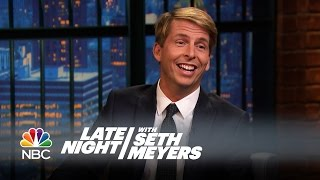 Jack McBrayer Hit Mariah Carey in the Face with a Frisbee - Late Night with Seth Meyers