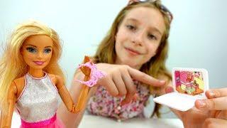 Видео для девочек - Барби собирается на вечеринку - Игры одевалки