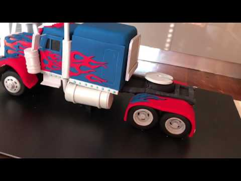 Optimus Prime Cake - Transformers cake