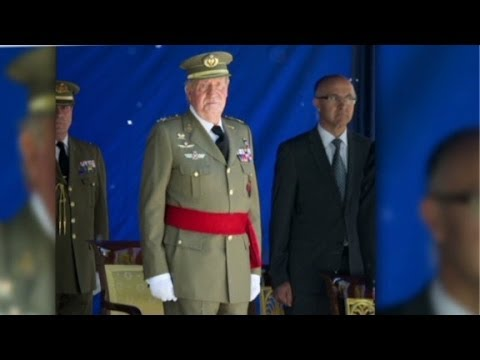 Spain's king steps down