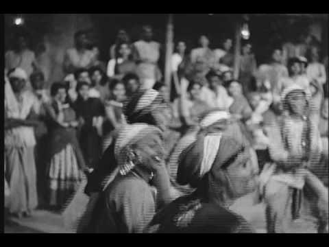 Bhangra scene from Naya Daur (1957), Clip 2