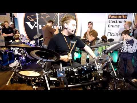 Craig Blundell Amazing Drum Demo Pt. 2