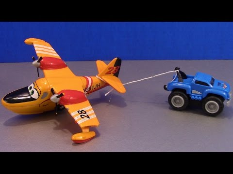 Max Tow Truck for Children Max Mini Hauler Tows an Airplane, unbox & review for children