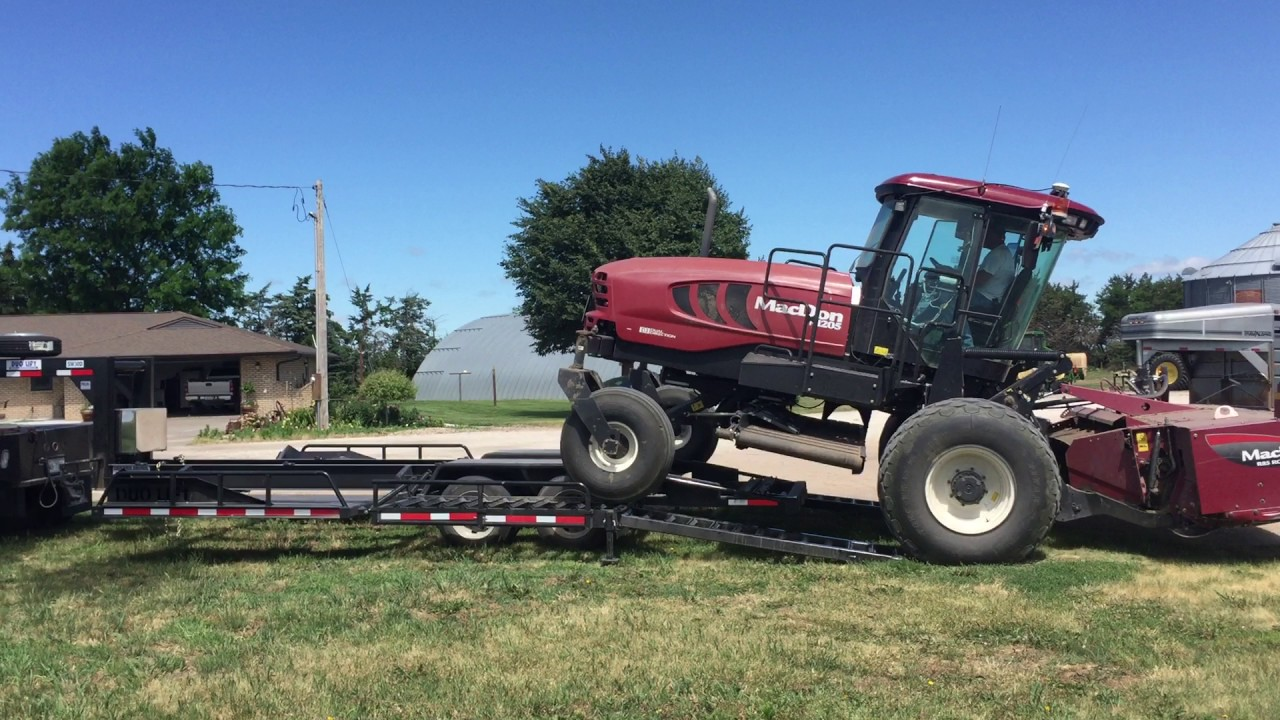 Duo Lift :: Swather Trailers