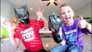 Baixar FATHER SON SUPER HERO BATTLE! Black Panther Time!