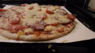 Как приготовить замороженную пиццу в духовке