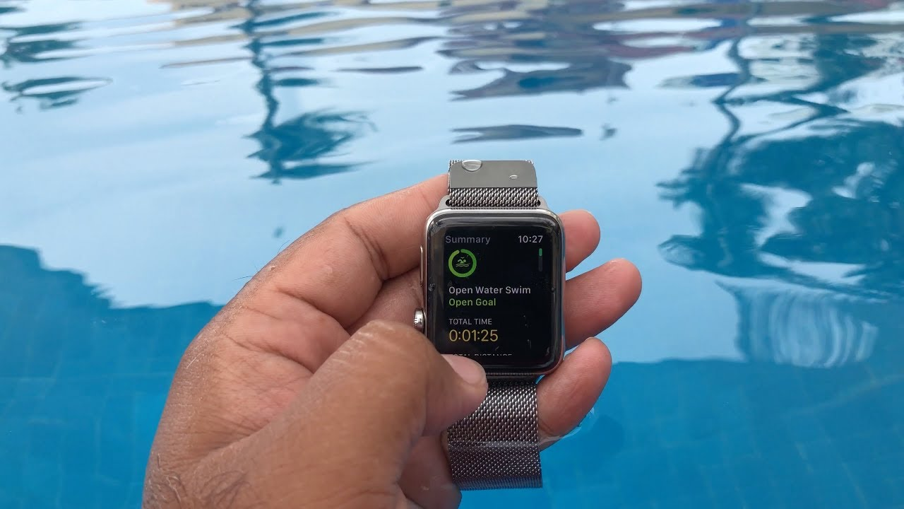 Can i wear my apple watch series 3 swimming