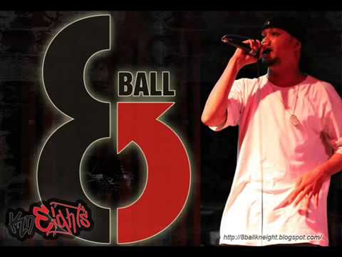 8 ball   Eeeaa