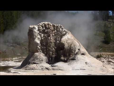 Giant Geyser (HD)