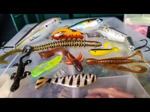What's In My OLD Tackle Box? (20+ Year Old Lures)