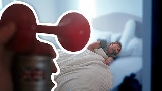FUNNY AIR HORN WAKE UP ON ROOMMATE