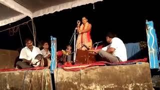 गंगा चैनेल की गायिका सरोज  सरगम जी हिलाया दिया मंच