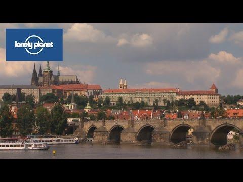 2 minutes tours: Prague