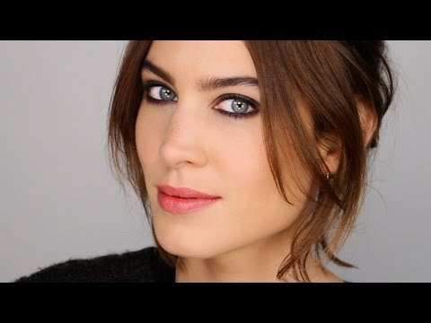A Classic Case of Winter Face - Makeup and Chat with Alexa Chung