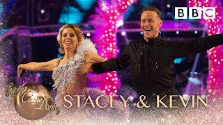 Stacey Dooley & Kevin Clifton Samba to 'Tequila' - BBC Strictly 2018