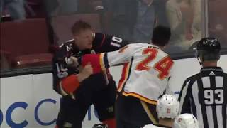 Fists fly as Perry, Hamonic drop the gloves