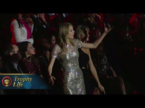 Taylor Swift Awkward Dance Moves At Grammys 2014 (VIDEO)