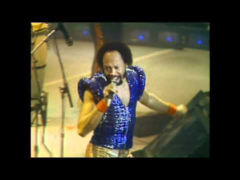 "Earth, Wind & Fire Live  1981 "" Let's Groove """